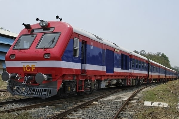 Traveling by Indian Railways? Train Travel Insurance to cost you now