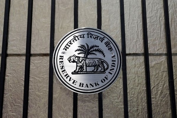 RBI Rate Cut 2019: Loan EMIs likely to Reduce