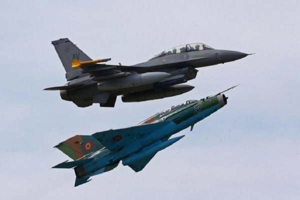 Indian Air Force Vs Pakistan Air Force, Mirage 2000 Vs F16: How Many Fighter Jets Both Countries Have