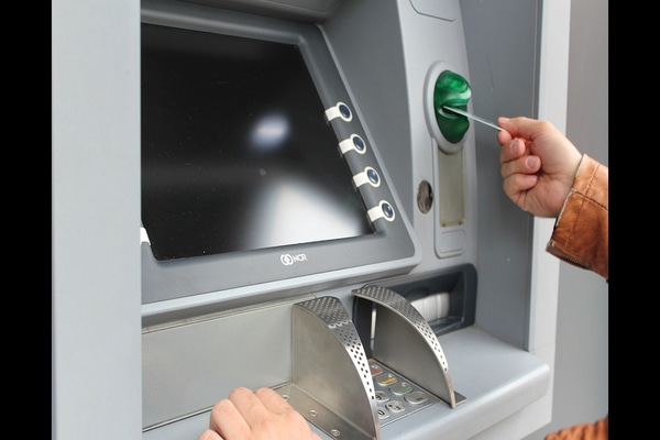 These banks are offering cardless withdrawal at ATMs