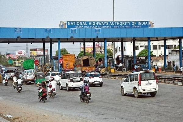 Government likely to hike toll fee for private cars