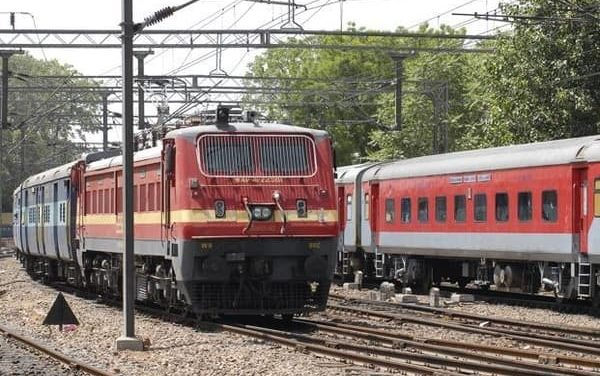 Government plans to electrify all railway tracks in next three years
