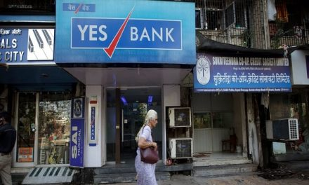 Yes Bank Withdrawal limited to Rs.50,000 for One Month