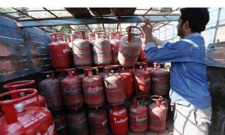 Non-subsidised LPG cylinder price slashed in metros. Here are the latest rates