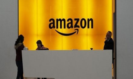 Amazon job offer,  to hire 20,000 temporary staff to serve global customers