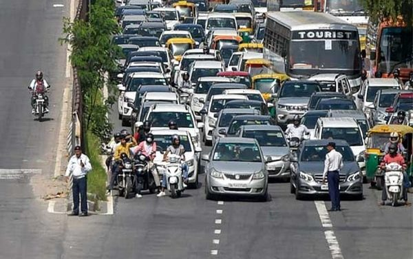 Delhi Traffic Alert: Which roads and borders are closed, which are open